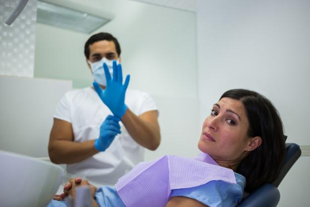 saúde publica em Caucaia jogada fora pelos governantes, imagens tratamento odontológico